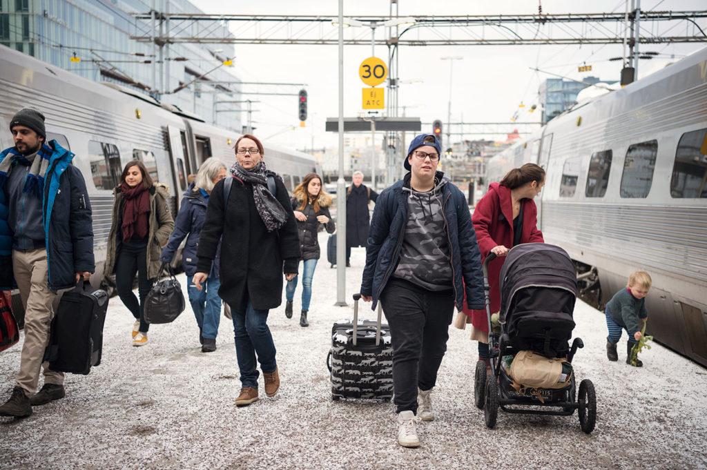 """Cameron anländer till Stockholm från hemstaden Kristianstad samma dag som QX-galan äger rum. Han är nominerad till """"Årets trans""""."""